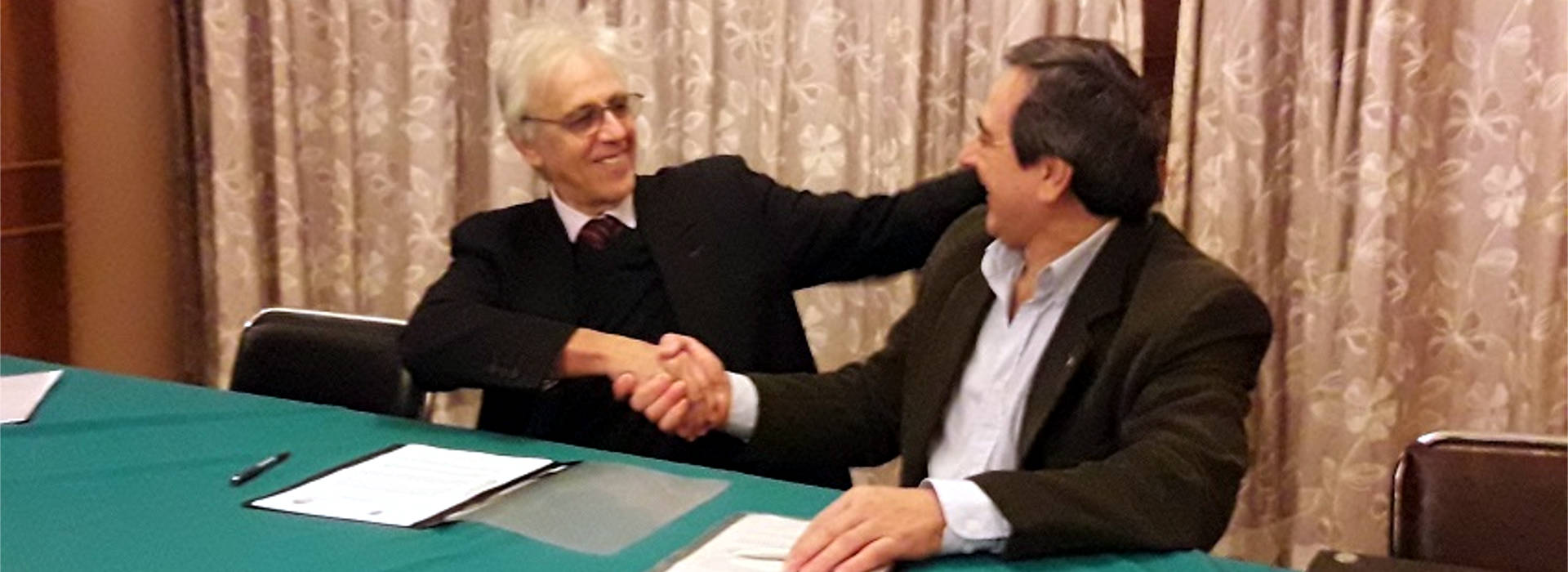 La UNAU firmó un convenio de cooperación con el Colegio de Médicos de la Provincia de Misiones