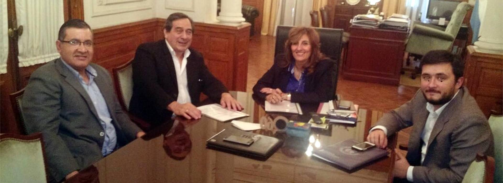 La UNAU firmó un convenio de cooperación con la Universidad Nacional del Nordeste