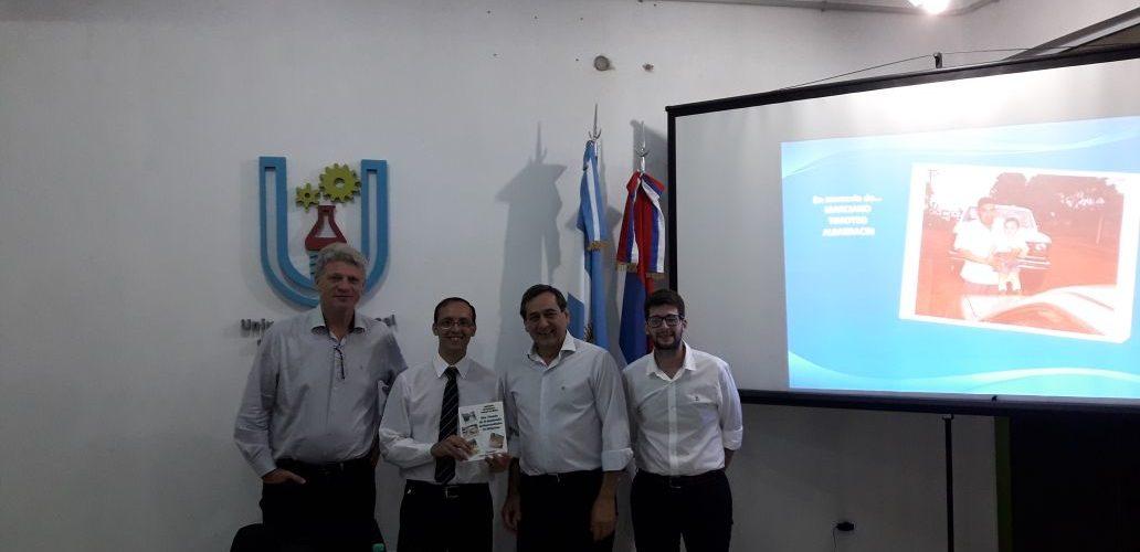 """Se presentó el libro """"San Vicente en el Desarrollo Económico de Misiones"""" en la UNAU"""