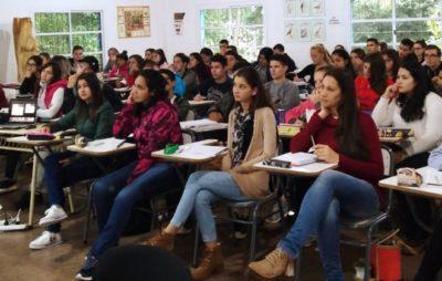 La UNAU inició la clases con más de 700 inscriptos